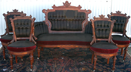 WALNUT VICTORIAN LOVESEAT SET