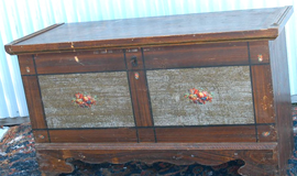EARLY GRAIN PAINTED BLANKET CHEST