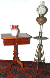 SEWING STAND & LAMP