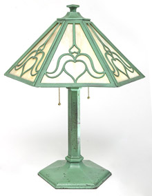 Arts & Crafts Slag Glass Table Lamp
