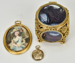 Fine Victorian Locket Plus