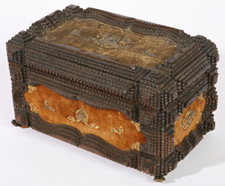 19TH CENTURY TRAMP ART BOX