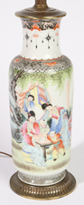 CHINESE FAMILLE ROSE PORCELAIN VASE/LAMP