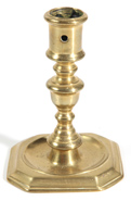 18TH CENTURY BRASS CANDLESTICK