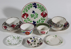 LOT OF EARLY DECORATED SOFT PASTE ITEMS