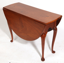 PA. QUEEN ANNE WALNUT DROP LEAF TABLE