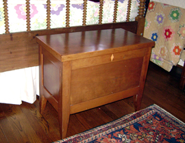 Small Cherry Blanket Chest