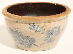 Unjusual 3/4 Gallon Stenciled Stoneware Bowl