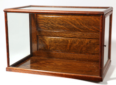 Counter Top Oak Showcase