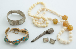 Lot of Oriental Jewelry