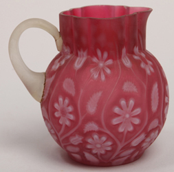 Cranberry Findlay Onyx Creamer