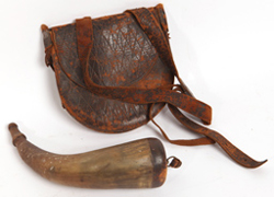 EARLY POWDER HORN & POUCH