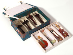 CHINESE JADE MINIATURE MUSICAL INSTRUMENTS
